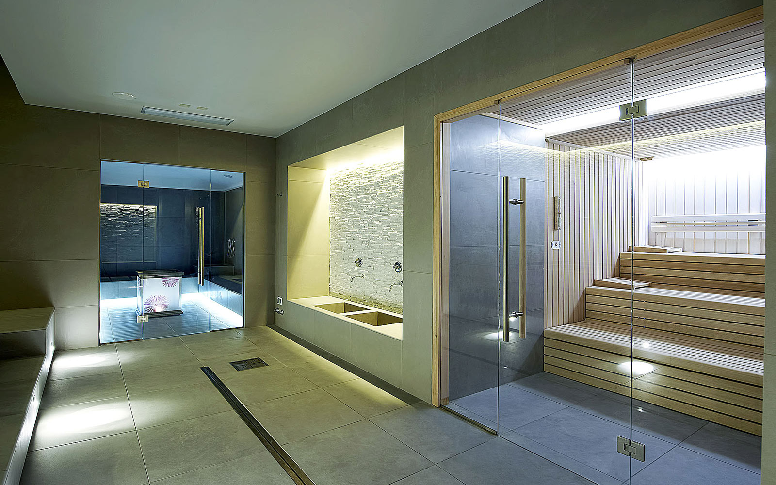 <br> HOTEL LE GROTTE - GENGA